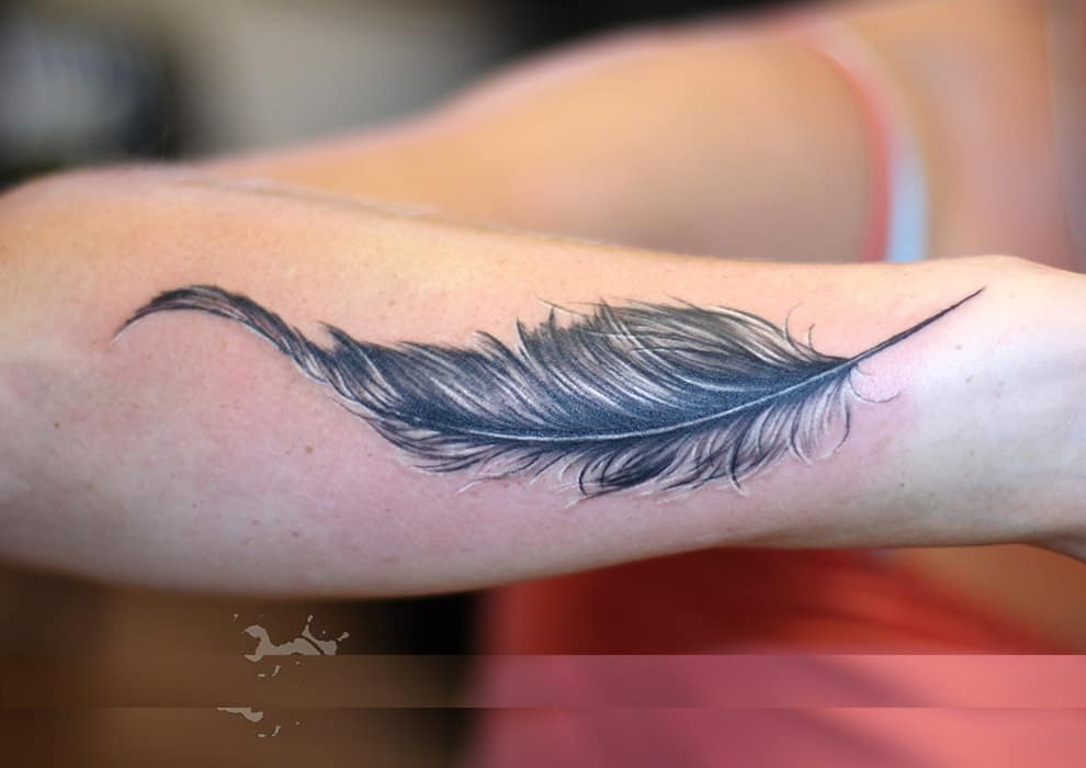 e2e97597a1c86 50 Best Feather Tattoo Designs And Ideas